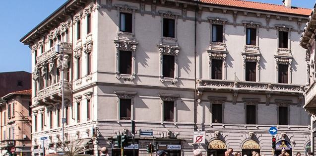 Casa Borgonovo (Casa delle Cariatidi)